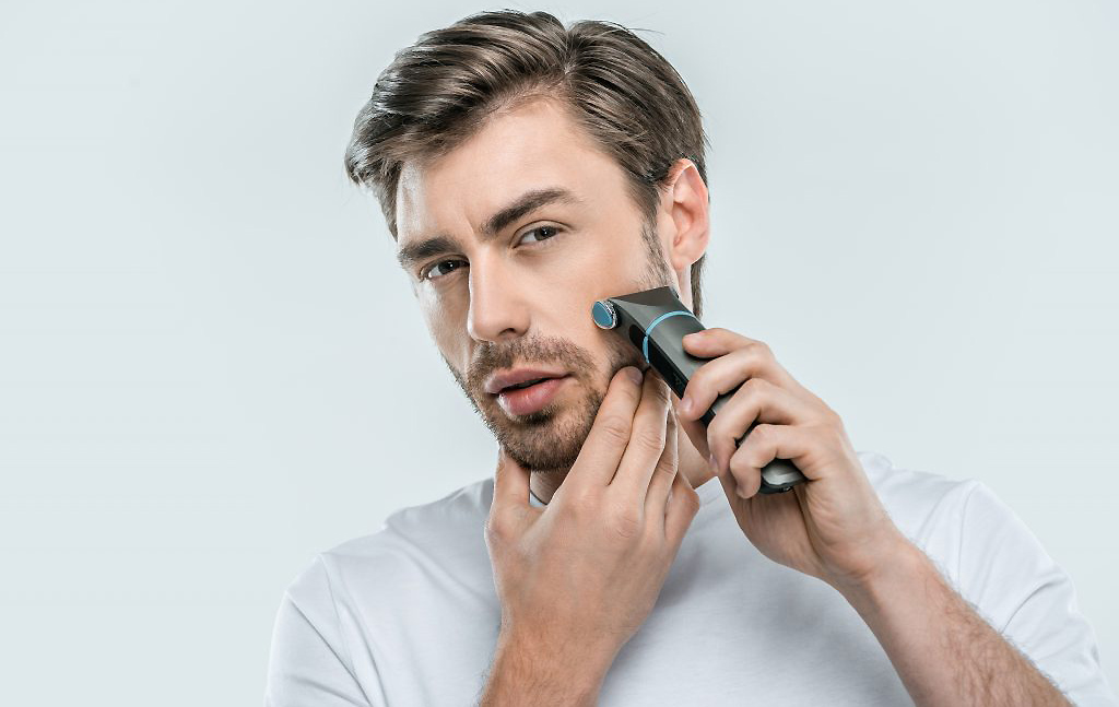 7 Best Electric Shaver for Razor Bumps – Electric Shaver Guide